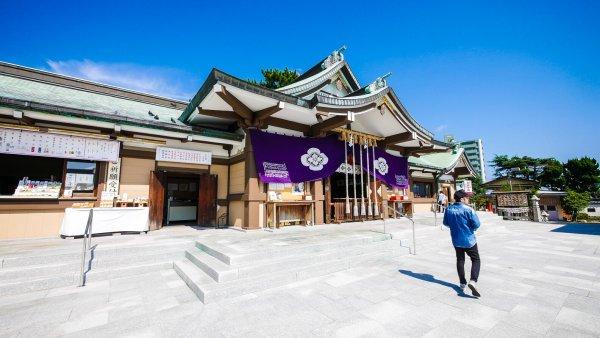下関・亀山八幡宮